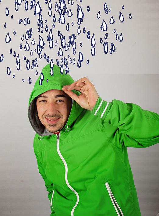 Hola soy Carlos, diseñador y director creativo.